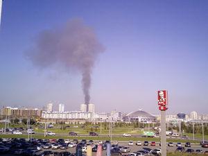 В Красноярске снова горят склады: столб черного дыма виден из многих точек города