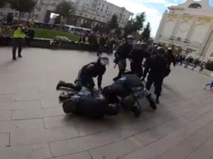 Суд постановил отпустить Павла Устинова под подписку о невыезде