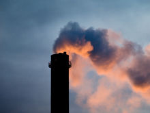 В Челябинске за выбросы оштрафован завод, который выпускает оборудование для ГОКов