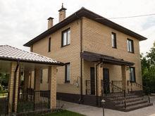 Заезжай и живи: в «Белых росах» можно купить новые дома с мебелью и ландшафтным дизайном