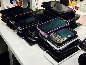 Мобильные телефоны в Челябинске подорожали на 9%