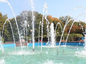Заработал фонтан на улице Бекетова в Нижнем Новгороде