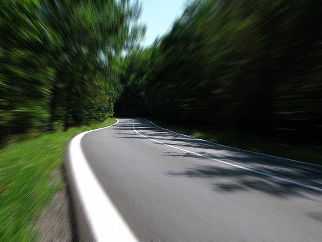 До 100 км/ч за 4 секунды. Седаны, двигатель которых поражает воображение. РЕЙТИНГ