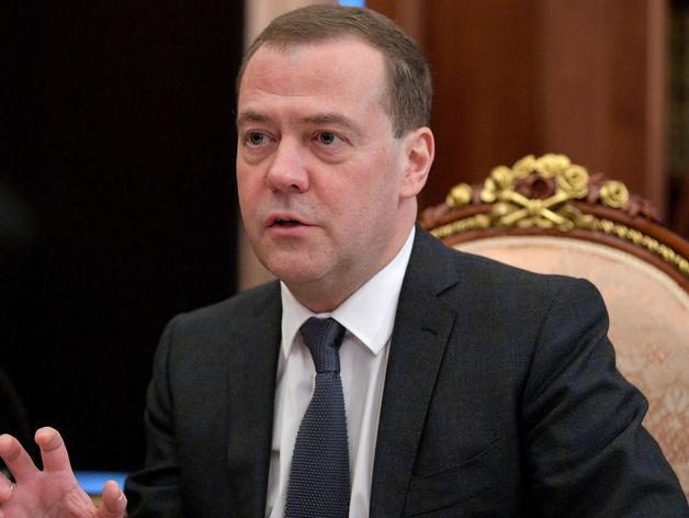 Как на Урале выполняют поручения Медведева по ускорению экономического роста