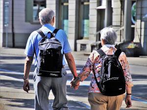 Сколько нужно денег для достойной пенсии? Жители миллионников назвали сумму