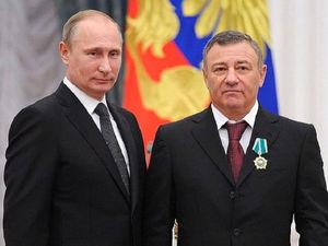 Аркадий Ротенберг продал крупнейшего подрядчика «Газпрома». Кому и зачем?