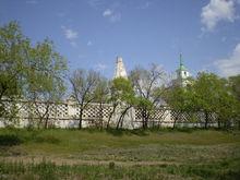 В истории о сносе забора вокруг Троицкого кладбища в Красноярске замаячило уголовное дело