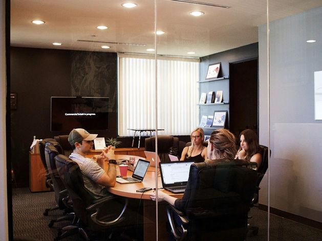 Стать шефом формально недостаточно. Как повысить свою влиятельность на работе?