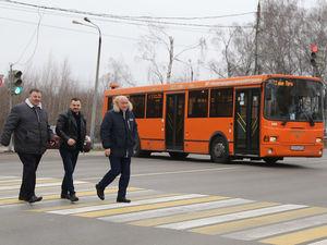 Регулируемый пешеходный переход обустроили около автостанции Щербинки