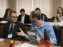 Проблемы сохранения и очистки рек обсудили молодые парламентарии из 16 стран