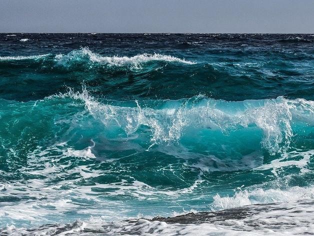 «Там, где тихо плещется волна». Как море по соседству делает жизнь лучше