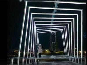 Световой туннель появился на острове Татышев в Красноярске