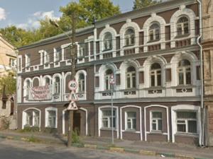 Под производство или отель. В Нижнем Новгороде продается здание с видом на Оку