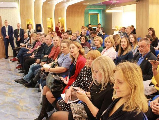 Уральских бизнесменов научили, как стать поставщиками «Сима-Ленд»