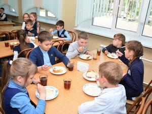 Поставщика школьного питания снова подозревают в сговоре