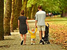 «Общий вклад женщины в бюджет семьи не должен превышать 40%. Иначе у мужчин дикий стресс»