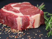 Четверть мяса и молока на Урале — некондиционные. Чем кормят екатеринбуржцев?