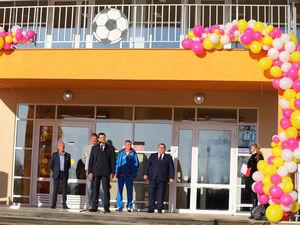 Глеб Никитин открыл ФОК в Дальнеконстантиновском районе