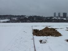 Пляж к Новому году. Сорвавший сроки подрядчик обещал благоустроить Гребной канал в декабре