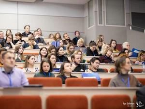 В благотворительность со студенческой скамьи: как работает академический фандрайзинг?