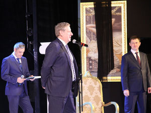 В «Нижновэнерго» прошло торжественное совещание, посвященное Дню энергетика