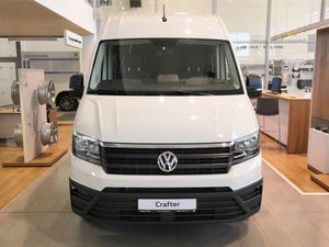 В Красноярск приехал первый пассажирский Volkswagen Crafter