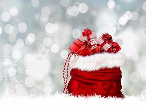 «Мои желания он уже исполнил». Что бизнесмены просят для своих компаний у Деда Мороза
