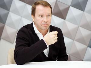 Евгений Миронов: «Мы — в бетонном колодце, где жизнь ничего не стоит»