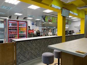 В Красноярске открылось второе заведение барнаульской сети фастфуда «Грильница»