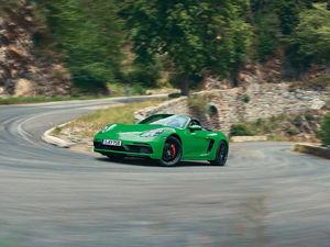 Porsche Центр Красноярск привезёт в город новые модели среднемоторных спорткаров