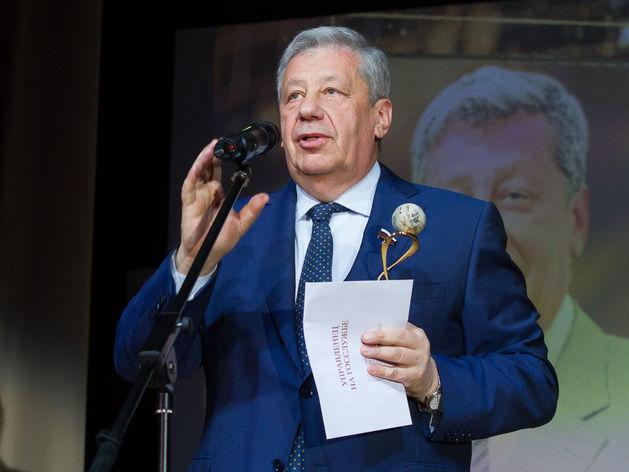 Аркадий Чернецкий, сенатор