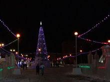 В Челябинске перекрыли ледовый городок и поставили на его территории охрану