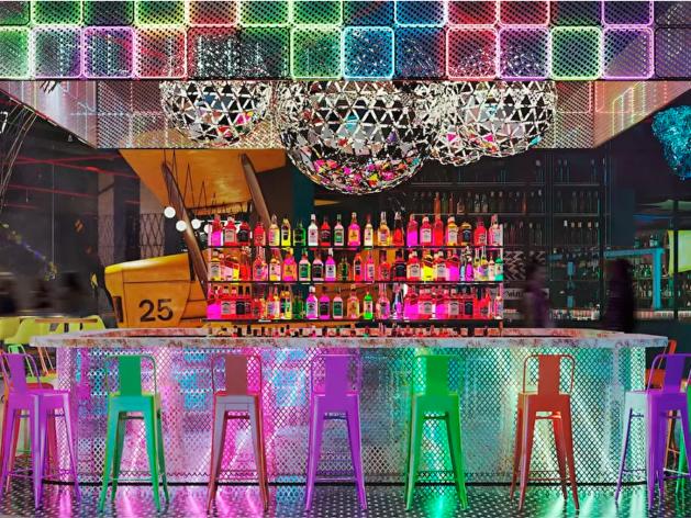 Открытие барного проекта в особняке хозяев «Гринвича» перенесли в третий раз