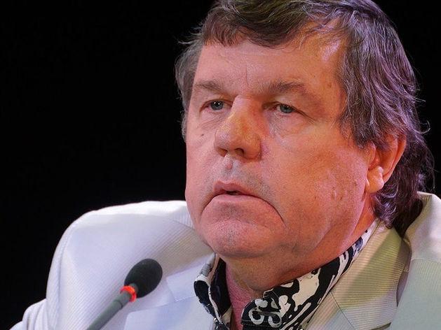 Мэрия снова просит суд взыскать деньги с барда Новикова
