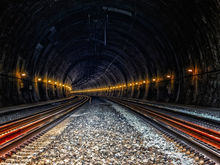 Травников предложил развивать метро за счет Фонда благосостояния