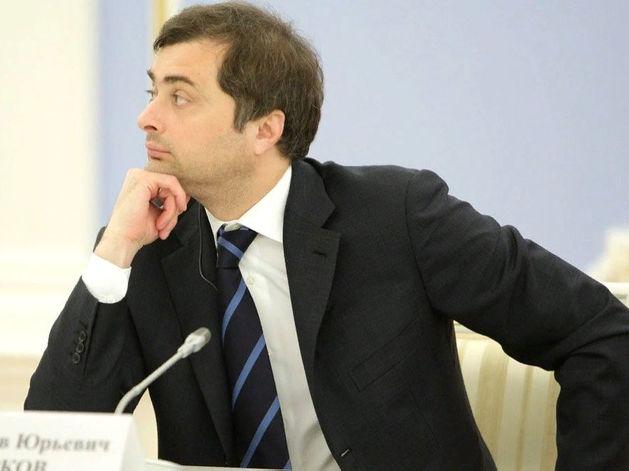 Путин подписал указ об отставке Суркова. Спустя месяц после загадочного ухода