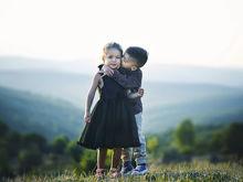 «Опасно внушать детям, что брак — лучшее в жизни». Радикальные советы Михаила Лабковского