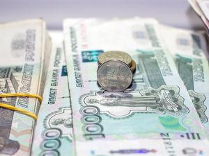 «На открытии будет больно и кроваво». Чем грозит черный вторник рублю, рынкам и всем нам