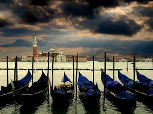 Италия закрыта, в Израиль не попасть, кто следующий? Коронавирус заставит всех сидеть дома