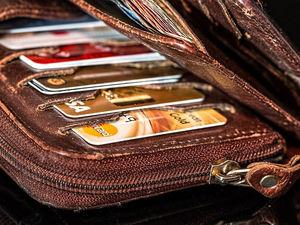Красноярцы увеличили объем безналичных платежей на треть