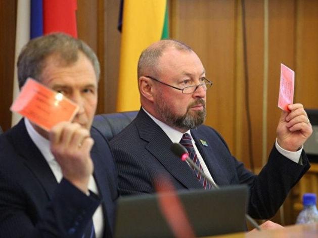 Спикер Игорь Володин и депутат Виктор Тестов