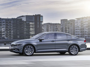 Новый Volkswagen Passat едет в Красноярск