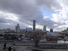 «Экстренно ищут способы инвестирования». На Урале резко вырос спрос на недвижимость