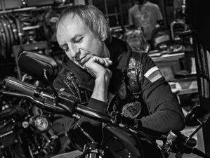 Свобода внутри: красноярские предприниматели размещают фото с мотоциклами
