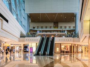 Торгцентры растеряли 70% посетителей. Как они решают вопросы с арендаторами?