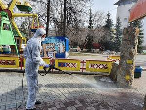 Челябинск начали обрабатывать перекисью водорода