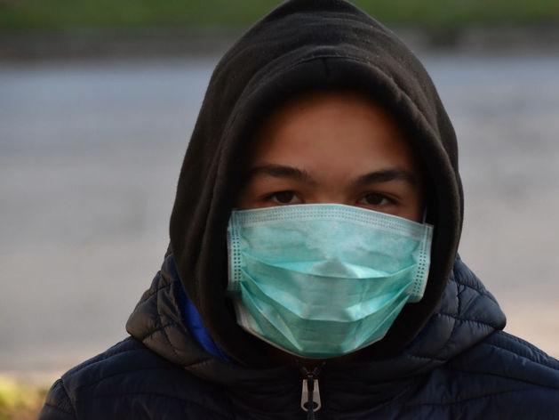 Эпидемия расползается. Число больных коронавирусом в России достигло почти 28 тыс. человек