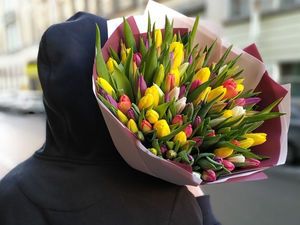 Красноярцы активно ищут доставки цветов