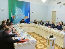 Свердловские чиновники отчитались о доходах. Кто заработал больше всех?