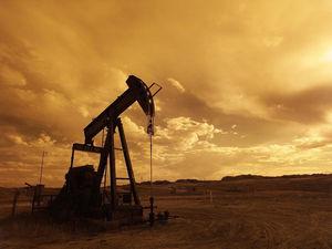 Исторический момент: цена нефти стала отрицательной. Сейчас она никому не нужна